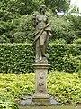 Franz.Garten Celle Skulpturen i. Rosengarten 01.jpg