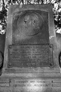 Franz Wüllner Grabstätte Köln Melatenfriedhof.jpg