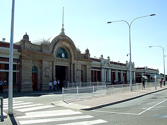 Fremantle railway station - Station front in April 2006