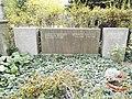Friedhof der Dorotheenstädt. und Friedrichwerderschen Gemeinden Dorotheenstädtischer Friedhof Okt.2016 - 10 3.jpg