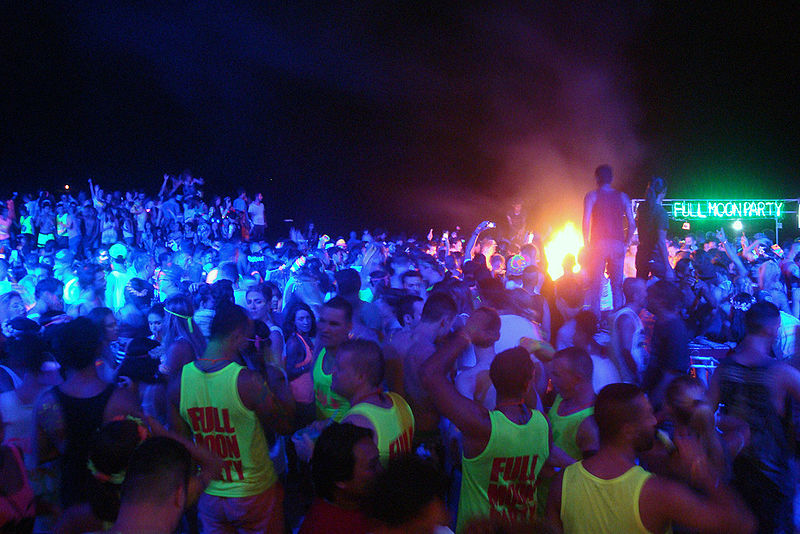 File:Full-Moon-Party-2015 wDSC03089.jpg