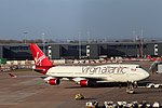 G-VROM, Boeing 747-400, Virgin Atlantic, Man (31738621927).jpg