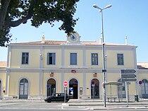 Gare d'Aix-en-Provence - Bâtiment 1.JPG