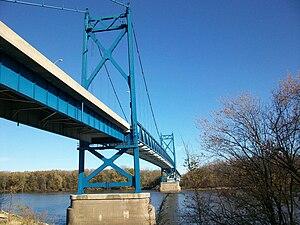U.S. Route 30 in Iowa - Image: Gateway Bridge Illinois Iowa 2