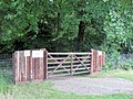 Gateway from Golf Course to Walk Wood, Stocks, Aldbury - geograph.org.uk - 1503886.jpg