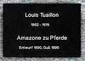 Gedenktafel Bodestr 1-3 (Mitte) Amazone zu Pferde Louis Tuaillon.jpg