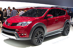 Geneva MotorShow 2013 - Toyota RAV4 Adventurer front right view.jpg