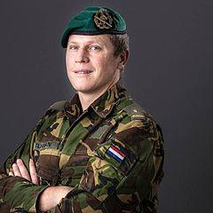 Maggiore Gijs Tuinman RMWO con basco verde delle Forze Speciali  dell Esercito 3d3edbeecda5