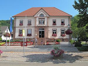 Glottertal - Image: Glottertal, het gemeentehuis foto 1 2013 07 25 11.08