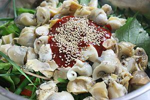 Golbaengi-muchim - Image: Golbaengi muchim preparation