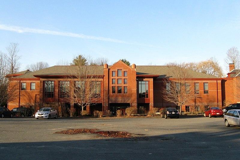 File:Goodnow Library, South Sudbury MA.jpg
