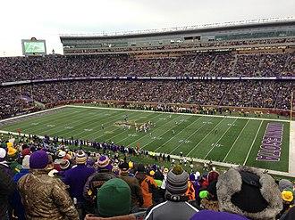 2015 Green Bay Packers season - Green Bay visits Minnesota to play the Vikings at TCF Bank Stadium