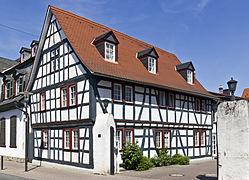 Groß-Gerau Fachwerkhaus Mainzer Straße 20110505.jpg