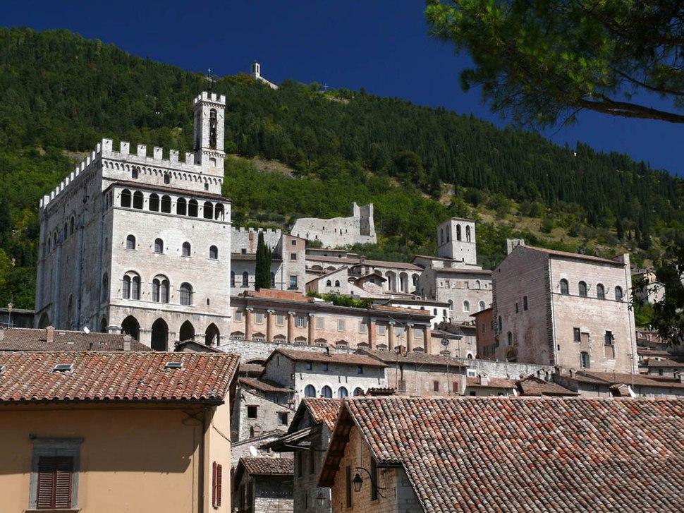 Gubbio Palazzo dei Consoli z02