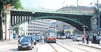 GuentherZ 2013-06-07 0066 Wien Guertel LinieU6 Bruecken ueber die Doeblinger Hauptstrasse.JPG