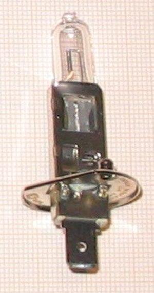 H1 lamp - Image: H1 Lampe 12V 55W 20050302 1950 2247