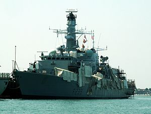 HMS Richmond (F239), Portsmouth, UK.JPG