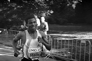 2010 New York City Marathon - Pre-race favorite Haile Gebrselassie, seen here in Amsterdam, dropped out and announced his retirement.