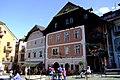 Hallstatt gemeine Markt Rathaus und Gastheimisches Haus.jpg