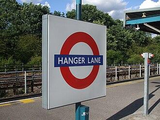 Hanger Lane tube station - Image: Hanger Lane stn roundel