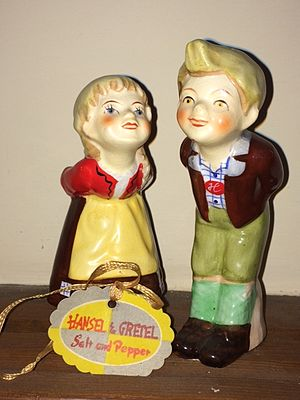 Hansel and Gretel: An Opera Fantasy - Image: Hansel & Gretel salt and pepper shakers