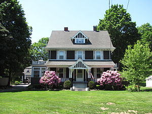 House at 199 Summer Avenue - Image: House at 199 Summer Avenue, Reading MA