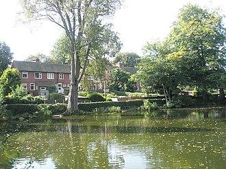 Moor Pool - Image: Houses in Moor Pool Avenue backing onto Moorpool geograph.org.uk 972461