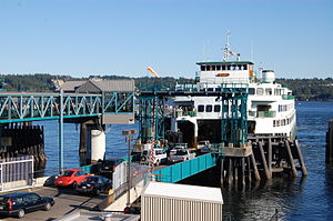 Seattle–Bremerton ferry - Hyak boarding at Bremerton.