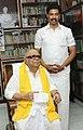I.P Senthil Kumar with Kalaingar Karunanidhi.jpg