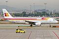 Iberia, EC-IEG, Airbus A320-214 (16269476430).jpg
