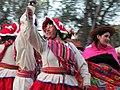 Inmigrantes peruanas bailando en Chile.jpg