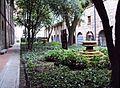 Jardín del Museo Nacional de Colombia.JPG
