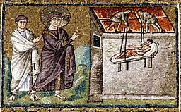 Jesus healing the paralytic in Cafarnaum - Sant'Apollinare Nuovo - Ravenna 2016