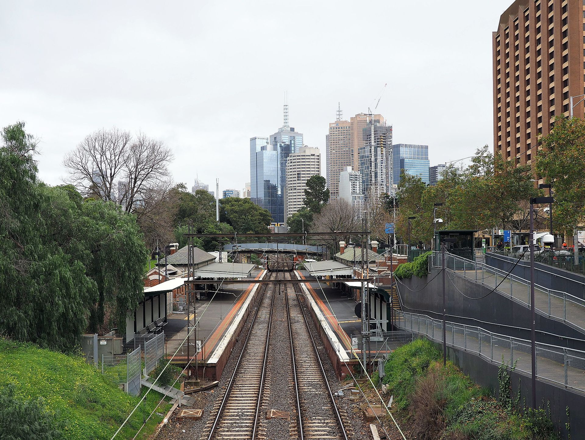 Jolimont railway station August 2016.jpg