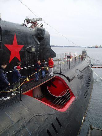 Juliett-class submarine - A side photo of a Juliett class submarine