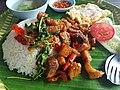 Ka-phrao that (basil fried pork served on tray), Bangkok, 2018-08-07 (1).jpg
