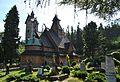 Karpacz, kościół Wang cmentarz.jpg