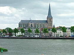 Kampen city centre with the Bovenkerk in the centre