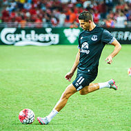 Mirallas Warming Up For Everton In