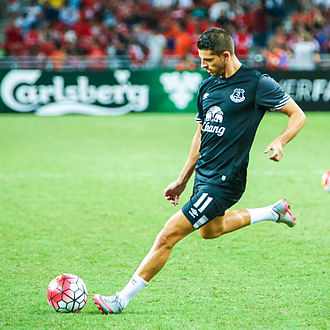 Kevin Mirallas - Mirallas warming-up for Everton in 2015