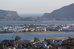Knysna lagoon and Thesens Island (14010124923).jpg
