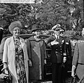 Koning Olav in Rotterdam, vlnr koningin Juliana , Prinses Beatrix en Prins B, Bestanddeelnr 916-8682.jpg