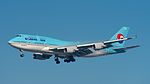 Korean Air Boeing 747-400 HL7491.jpg