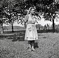 Kovačič Martina v delovni obleki, Vrh 2 1952.jpg