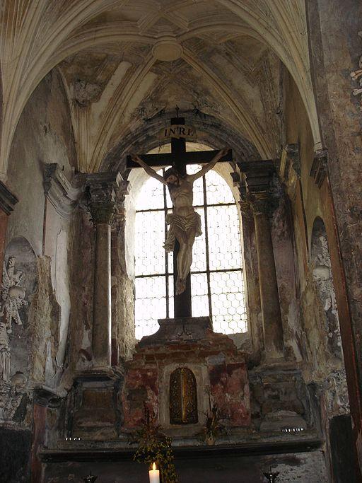 Kreuz im Sedlec Ossuary