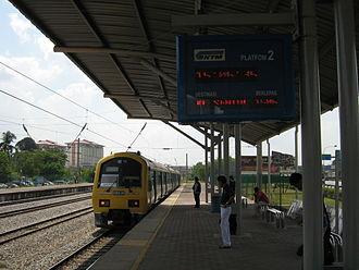 Batu Tiga - Batu Tiga Komuter station