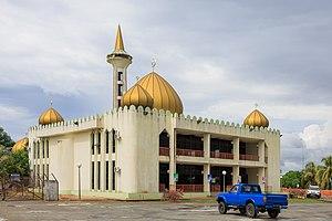 Kunak District - Image: Kunak Sabah Datuk Zainal Gunong Mosque 01