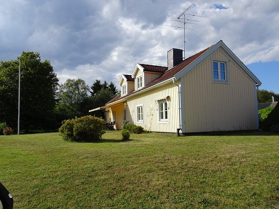 Villa till salu p Bruksbacken 4 i Adels - Mklarhuset