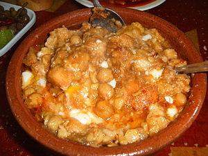 Tunisian cuisine - Lablabi is a thick soup made with chickpeas and garlic