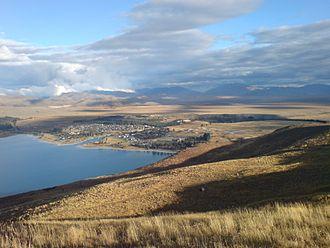 Lake Tekapo (town) - Lake Tekapo township as seen from the close-by Mount John University Observatory